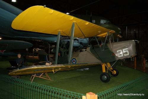 британский учебно-тренировочный самолет De Havilland DH-82A Tiger Moth Mk.II