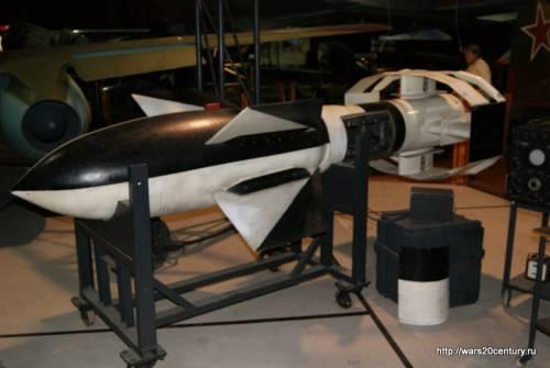 управляемая бомба Ruhrstahk/Kramer X-1 Fritz X