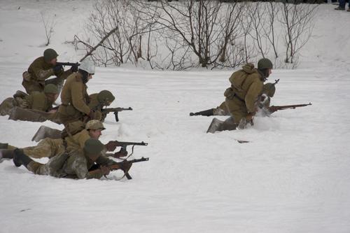 реконструкция, атака советской пехоты